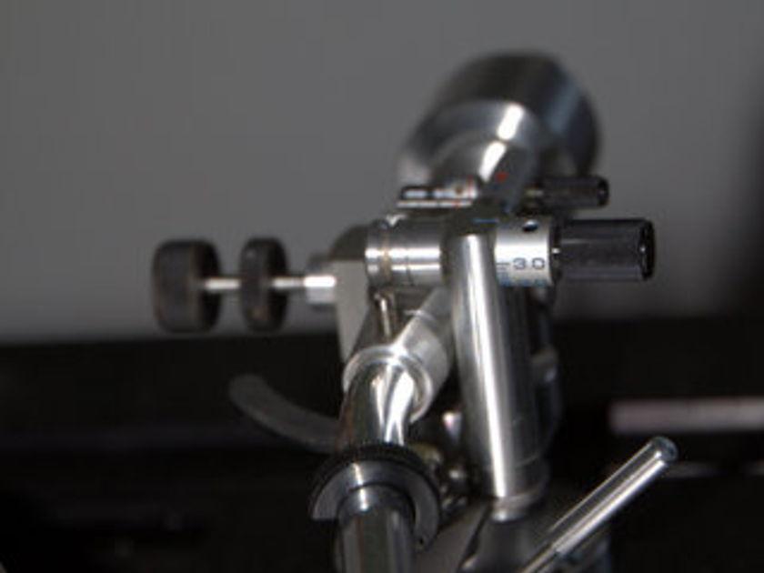 Luxman PD441 with Micro Seiki MA505 Mkii tonearm