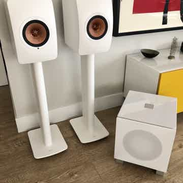 KEF LS50 Wireless with KEF Performance Stands & REL T7i
