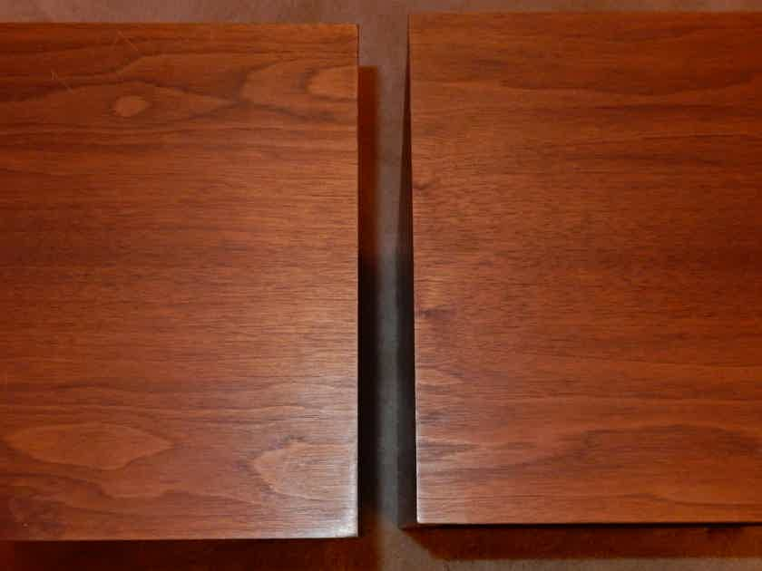 Klipsch Heresy Pair of Vintage Series 1 in Walnut Finish - reduced price