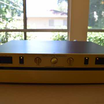 Jeff Rowland Coherence 1 Series 2 Preamp