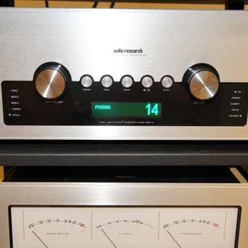 Audio Research GSpre preamplifier w/ phono stage