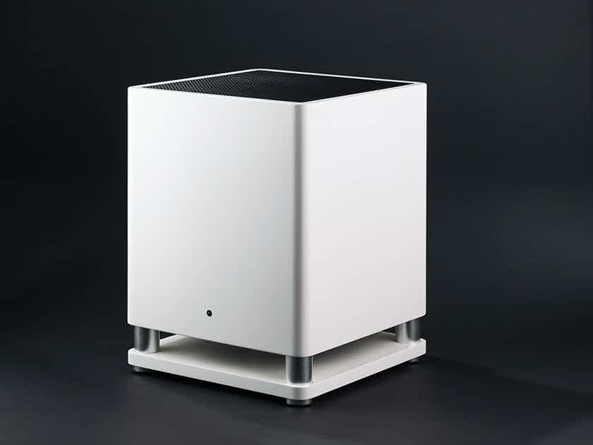 Scansonic  MB-10 Subwoofer - NEW, very articulate and refined without any booming