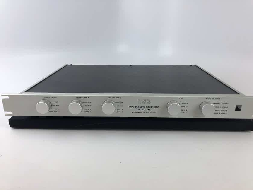 Perreaux  TS2 Tape Dubbing and Phono Selector