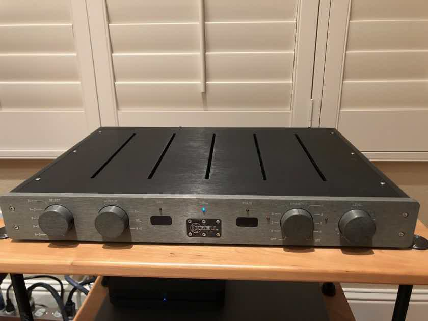 Krell KBL Preamplifier- Great condition in Original Box