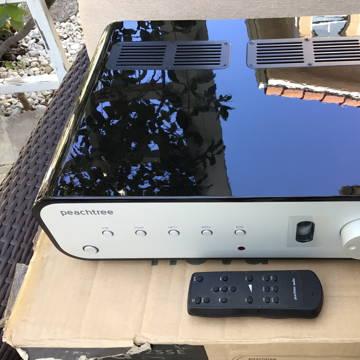 Peachtree Audio Nova 125 SE