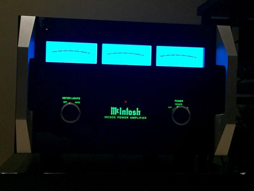 McIntosh  MC303 3-Channel Amplifier Beautiful Condition w/Zero Issues