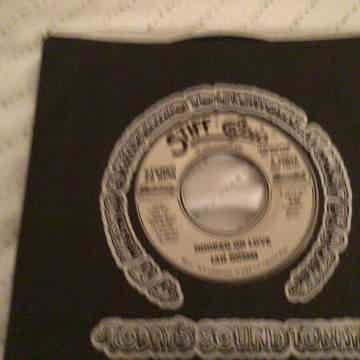 Ian Gomm Double Sided Stereo 45 NM  Hooked On Love