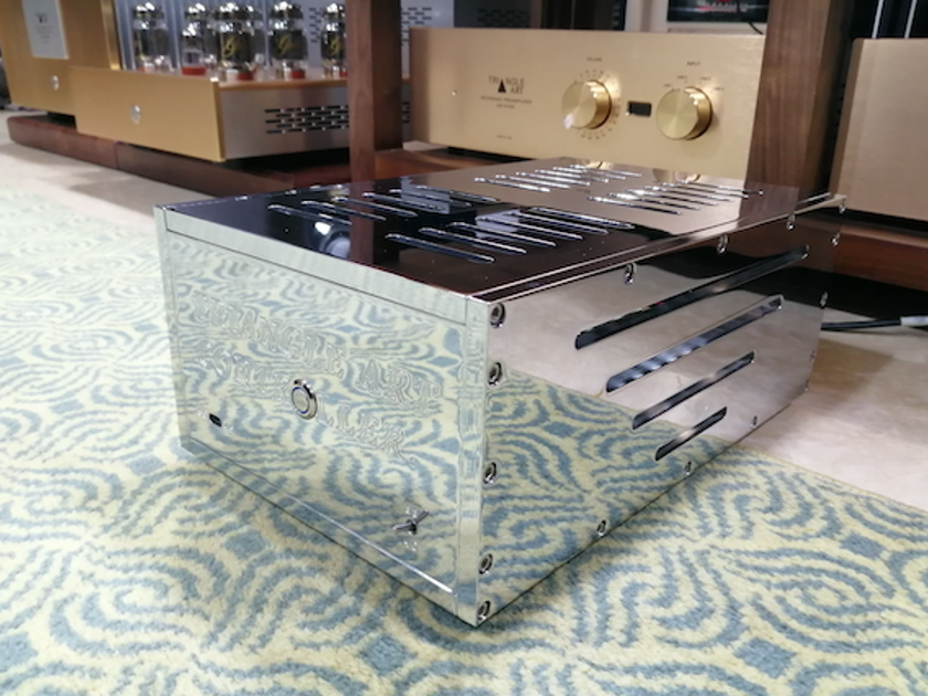 TriangleART crystal digital speed controller