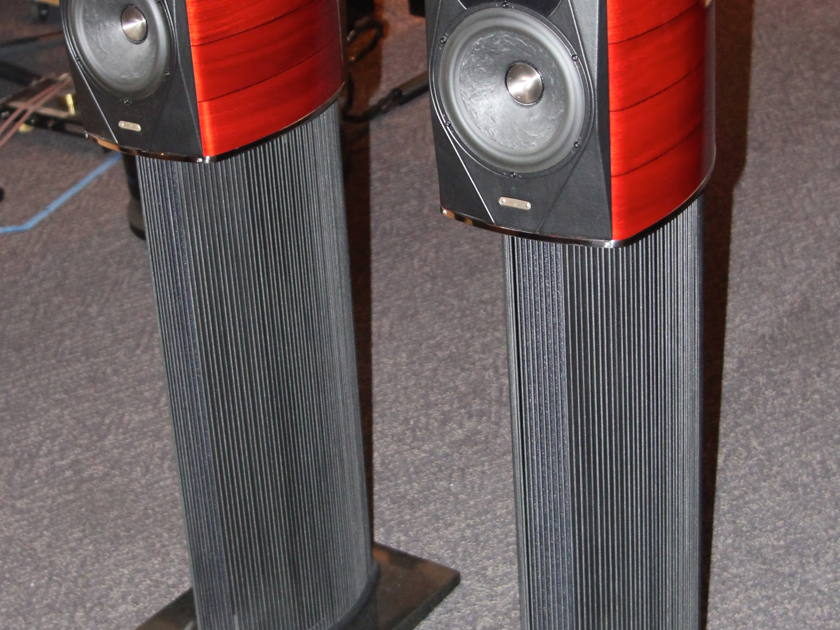 Sonus Faber Guarneri Evolution Ref Loudspeaker w/ REL S5 subwoofer !