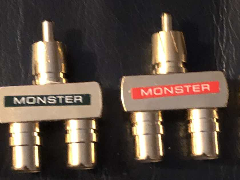 Monster RCA Female to RCA Male Y-Splitter