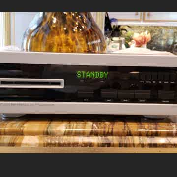Spectral SDR-4000SV Reference CD player