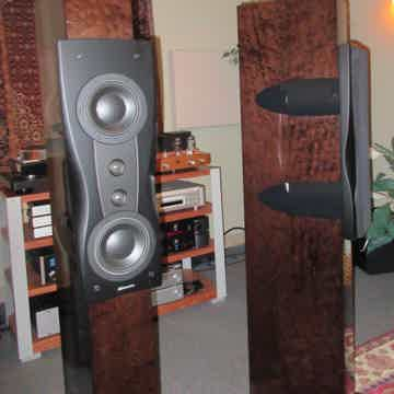 Confidence C2 Platinum Floorstanding Speakers
