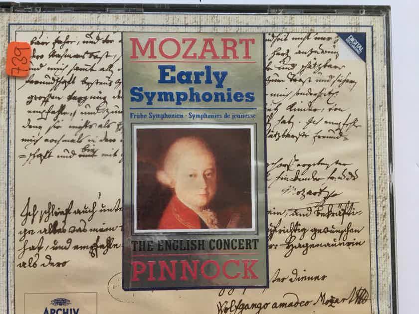 Mozart Pinnock Early symphonies Archiv digital Cd set 1993