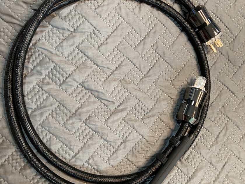 AudioQuest WEL Signature 15 amp 2m Power Cable