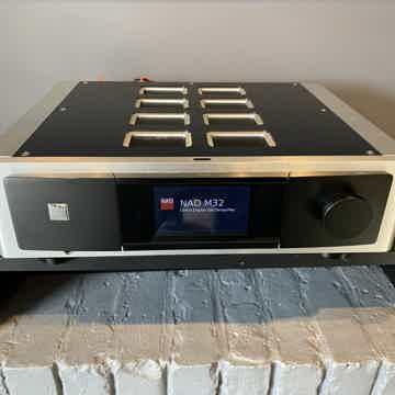 NAD M32 MASTERS SERIES Direct Digital DAC/Amp
