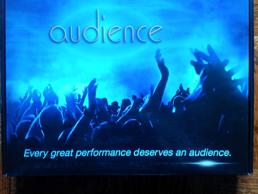 Audience AU24 SE 2.5M pair NEW!!