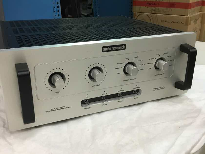 AUDIO RESEARCH REFERENCE 2 Control Amplifier (Silver) - Excellent Trade-In; 1 Yr. Warranty; 66% Off; Free Shipping