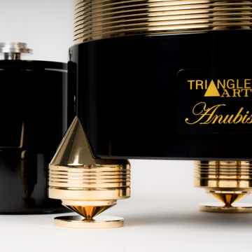 TriangleART Anubis Turntable