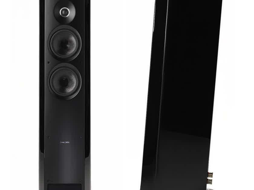 Sonus Faber Venere 2.5 Brand new sealed Pair Piano Black speakers made in Italy
