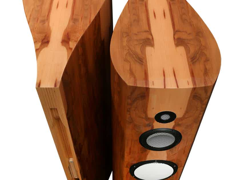 Lumenwhite Kyara Loudspeakers AWARD WINNING - REMARKABLE!