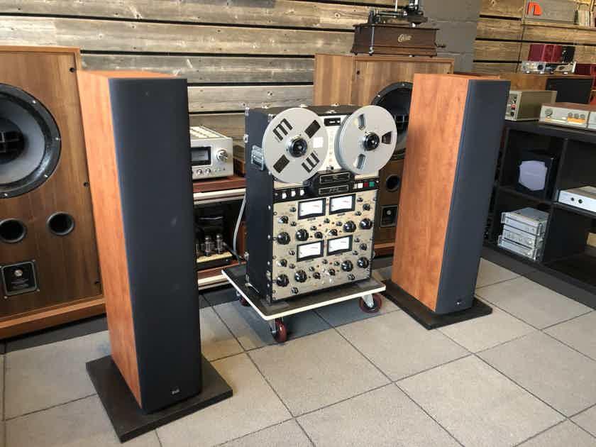 B&W (Bowers and Wilkins) 600 Series - 683 Floorstanding Three-Way Speakers