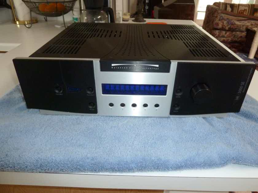 Balanced Audio Technology (BAT) VK-3000SE Integrated Amp - Excellent Condition!
