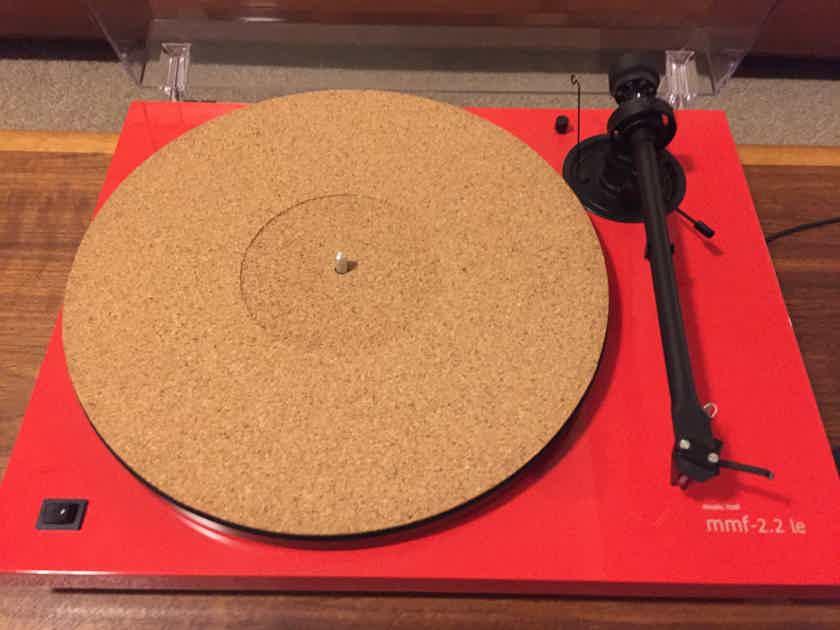 Music Hall MMF-2.2 LE Turntable w/Ortofon 2M Red Phono Cartridge