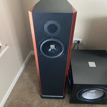 Kudos Audio Titan 707 Loudspeakers in Red Tineo (MINT a...