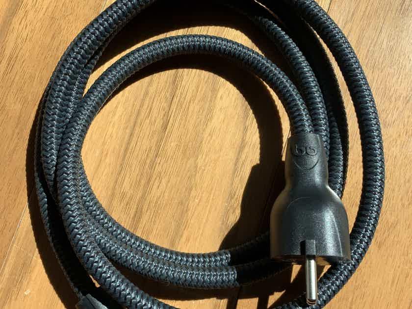 AudioQuest NRG-X3 EU plug
