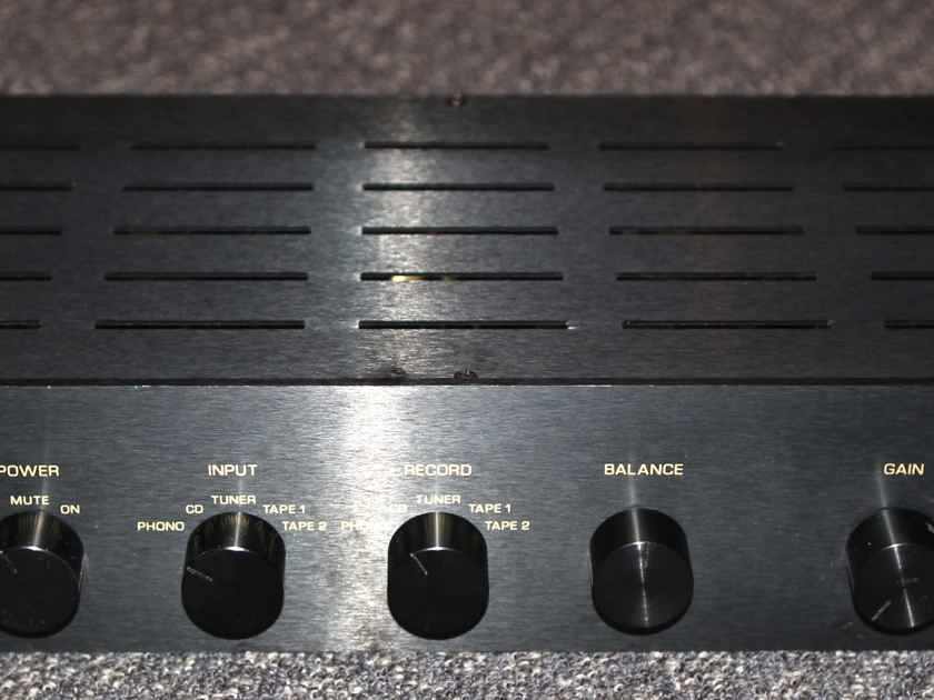 Music Reference RM-5 MKIII Tube Preamplifier w/phono