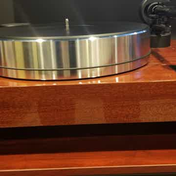 Pro-Ject Xtension X-Tension 10 Evolution Turntable in M...