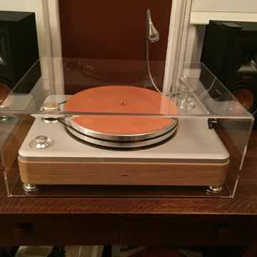 Shinola Cover's Table Top & Vpi Nomad