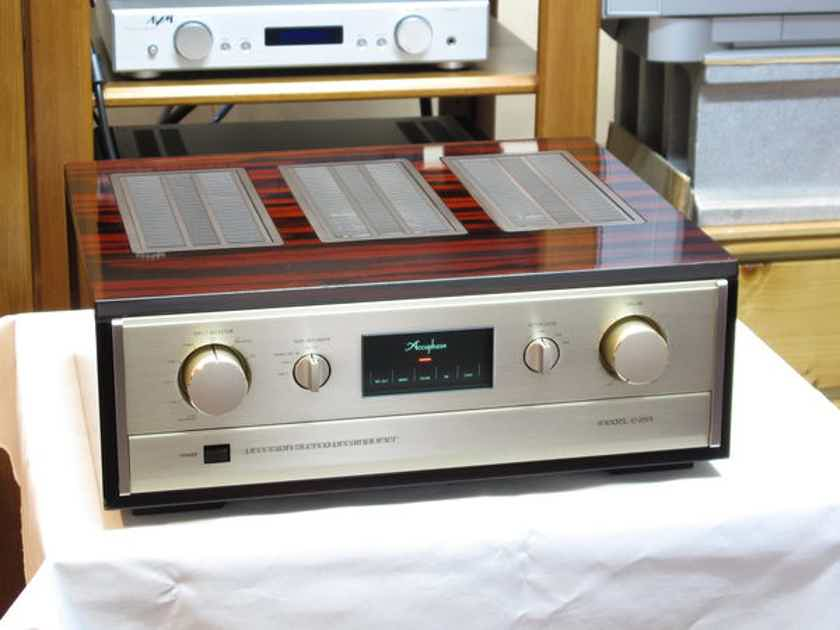 Accuphase C280 Wanted to buy: Accuphase C280 or C290