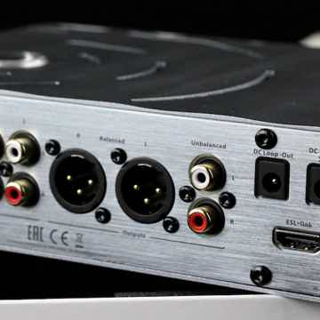 iFi  Pro ICan Headphone & Linestage Amp