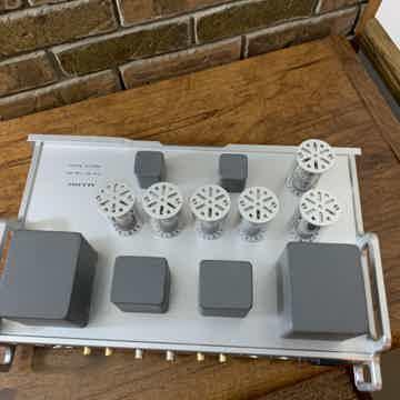 Allnic Audio D5000 DHT DAC