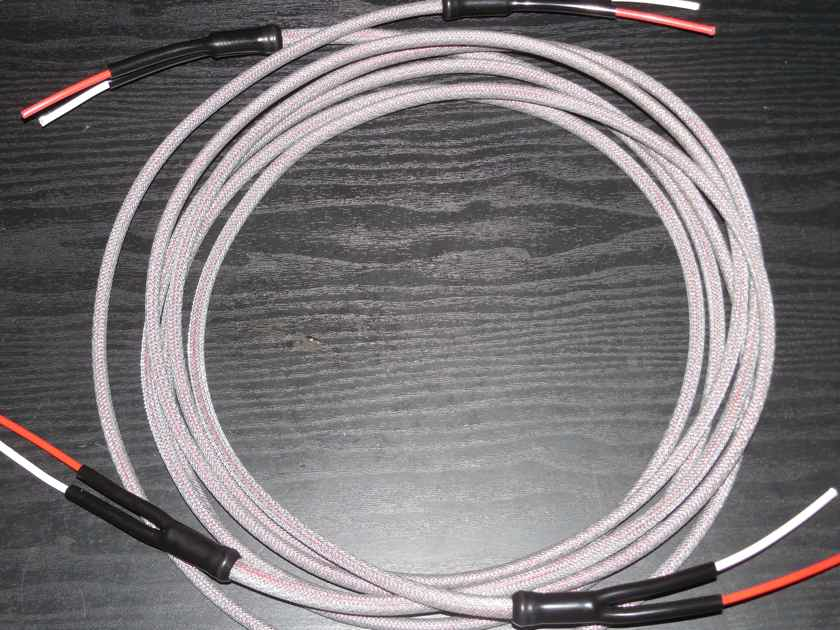 Silver Ghost Lyre Magnepan 3 Meter Silver 8 AWG Speaker Cables