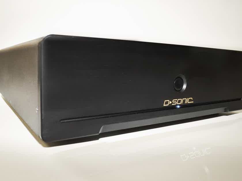 D-SONIC M3a-4000-7 7 channel amplifier