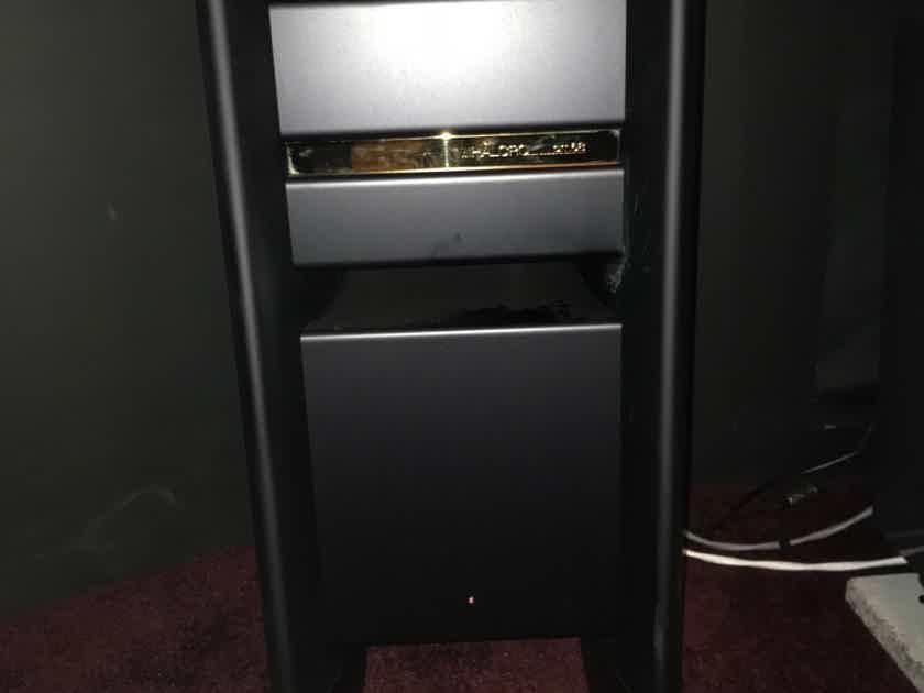 Halcro Amplifiers DM-68