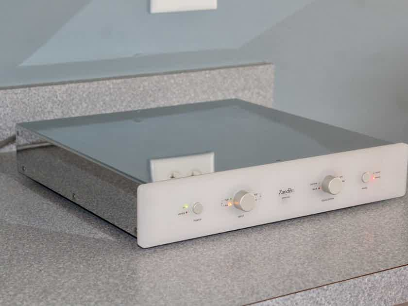 Zanden 120 phono stage for low output Moving Coil cartridges WORLD CLASS AUDIO