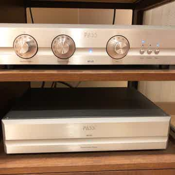 XP-30 Ref Line Pe Amplifier: