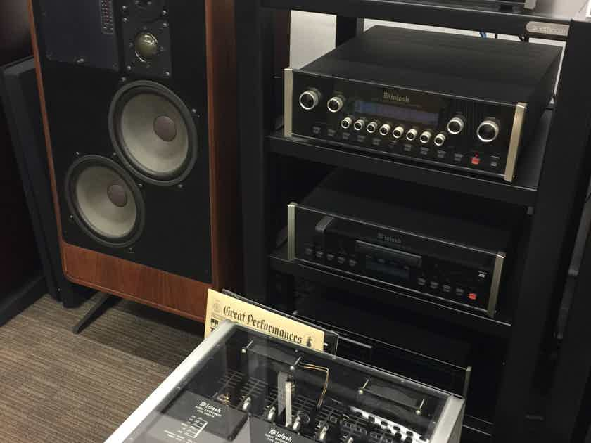 ADS A/D/S Vintage  L910 Monitors with Stands/LED Meters/Crossover Cards! .............................near San Francisco, CA........