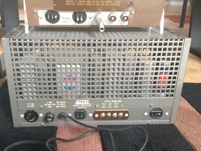 Altec Lansing Power Amplifier A-333A and Remote Amplifier A433A