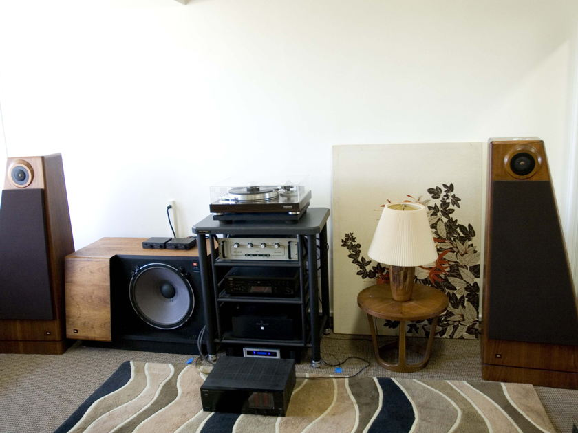 Wanted: Home Audio and Stereo (Working and As-is) Audio Research Mcintosh Sonic Frontiers VTL VAC