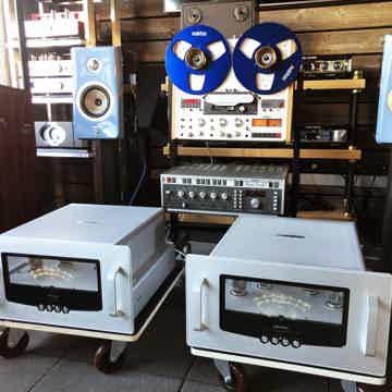 Audio Research Reference 160 M - Most Beautiful Amplifi...
