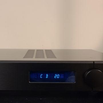 Evolution 2 Integrated Amplifier.