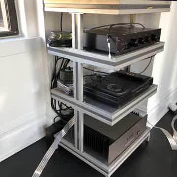 Solid Tech Rack
