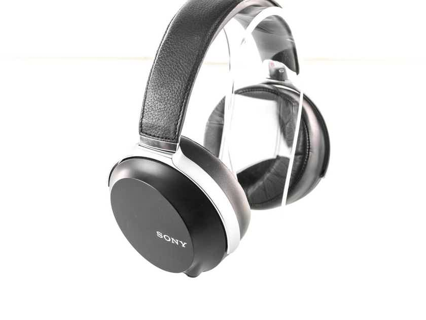 Sony MDR-Z7 Closed-Back Headphones; Upgraded Kimber Kable (26510)