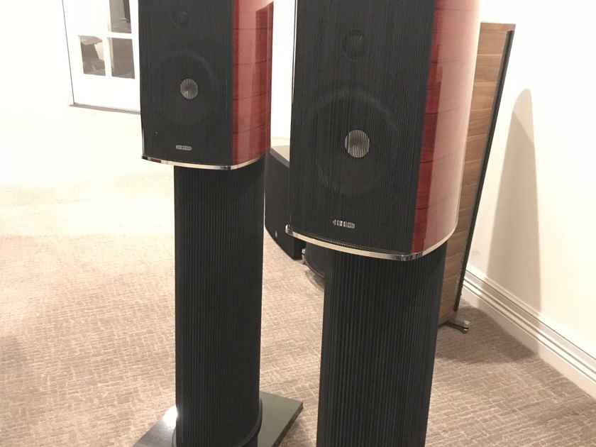 Sonus Faber Guarneri Evolution Violin Red / with stands