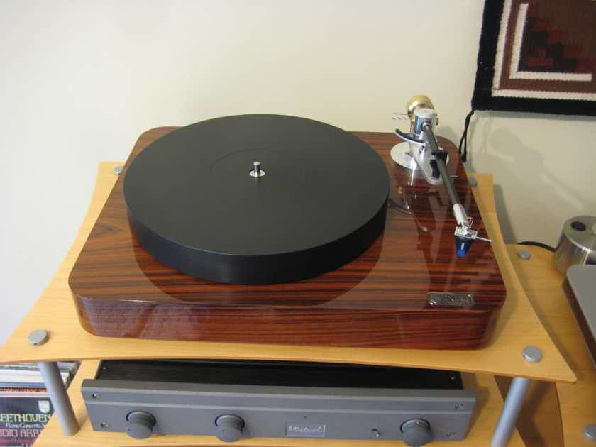 New From Canada The Pure Fidelity LP Turntable