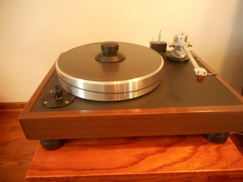 VPI Classic 1 Turn Table with Benz Micro Wood - HS Cartridge